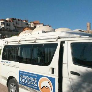Flughafen Transfer mit Sunshine Divers Bus